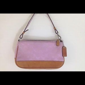 Small Coach pink signature bag. Like New!